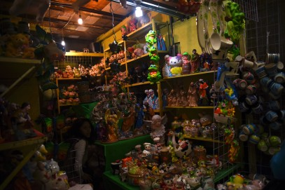 Scary stands at the Mercado Sonora