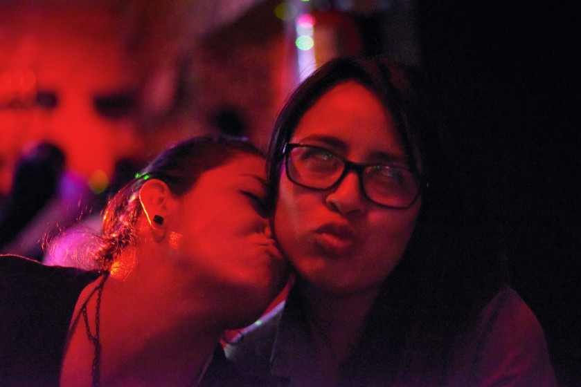 Oaxaca – A. y ??, Lesbian relationship conundrum #45: when one of you is more into PDA...