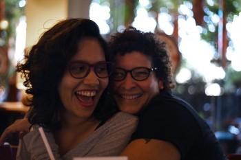 Nicaragua, Managua – Gaby y Helen goofing around