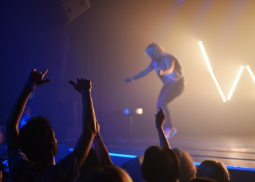 Paris – Awesome music, with Hyphen Hyphen! At the Wet For Me lesbian party