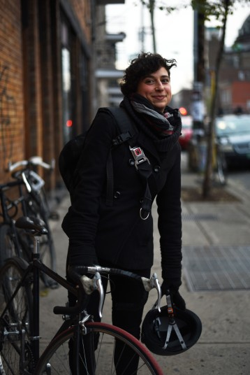 Montréal – Lesbians and their mode of transportation, a sub-series ;)