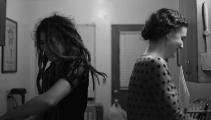 Portland – Lesbian cliché #17: lesbians (or bi women) who hook up remain friends ;)