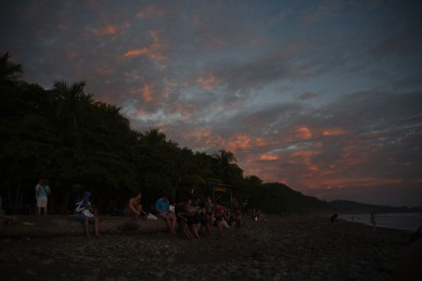 Dominical – Everyone came out to watch the sunset