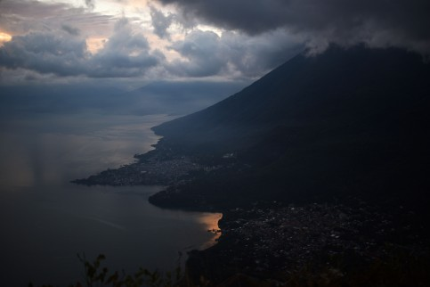 Lago de Atitlan – Sunrise watch at Indian Nose on Lake Atitlan