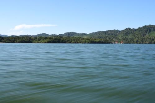 Speeding on Lago de Izabal