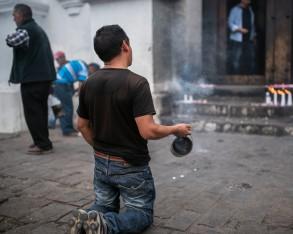Chichicastenango – Praying
