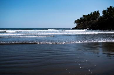 Surf at Las Flores