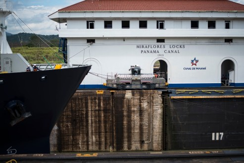 Panama City – Crossing the Canal!